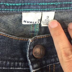 NWOT Hurley jeans with embroidered pocket low rise